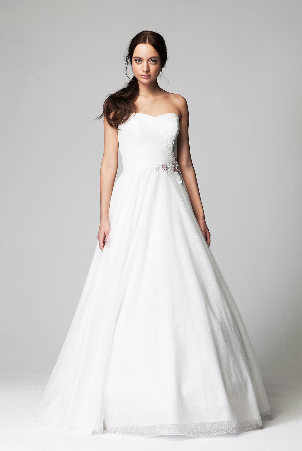 lina_becker_bride_dress_1706_front_02[1].jpg
