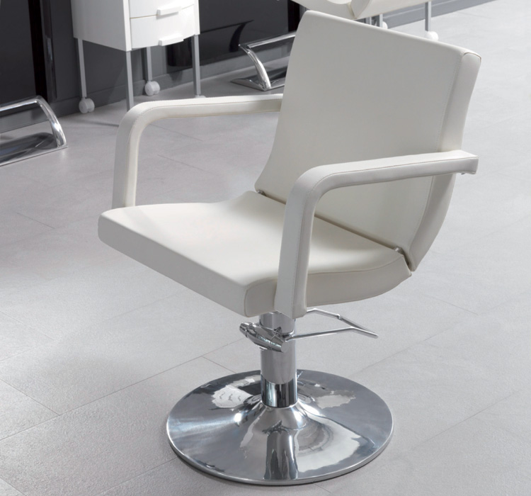 frisør stol hvid.jpg