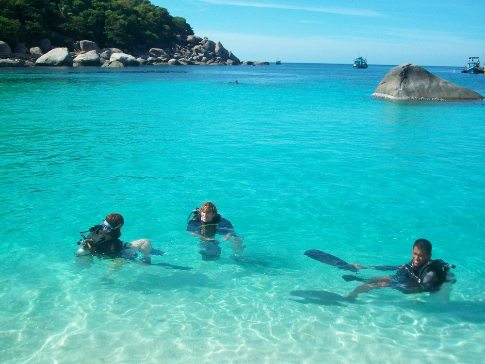 Koh Tao is a small island in the south with a high density of dive schools. Learning to dive by completing your PADI certificate is a very popular activity among travellers