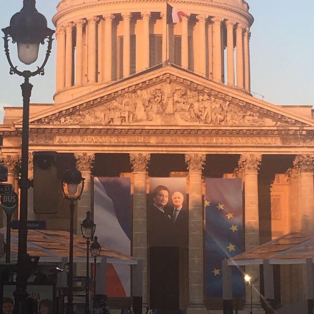 Le Panthéon est prêt pour accueillir Simone Veil ce week-end. Un moment émouvant à venir. #enVoitureSimone