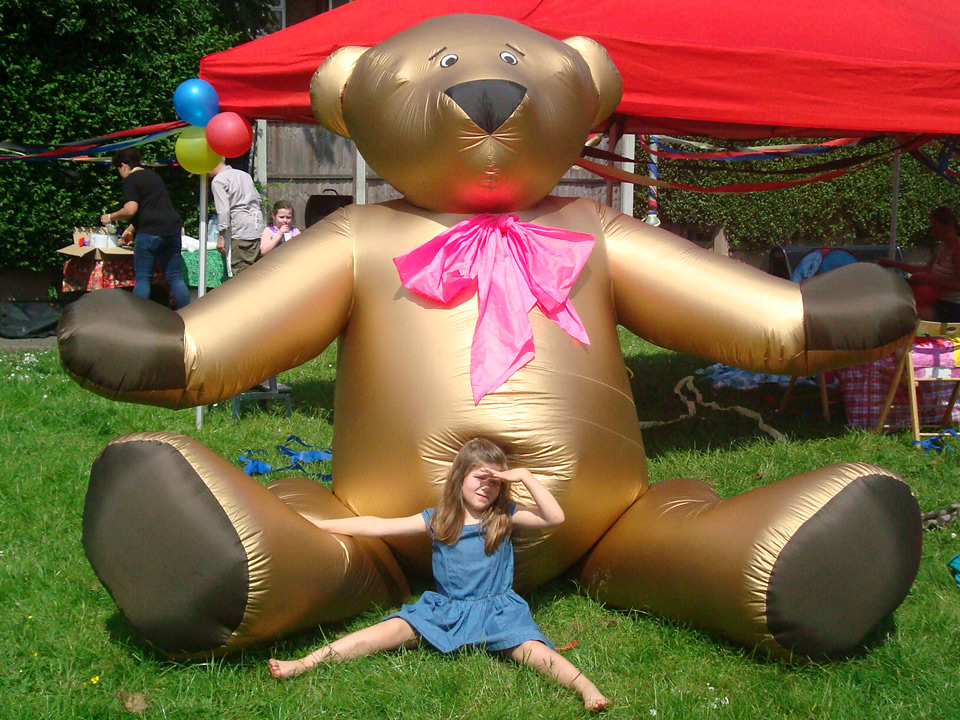 Gold Teddybear This huggable character is popular with children in kids area at events or private birthday parties! 240cm Height £80.00
