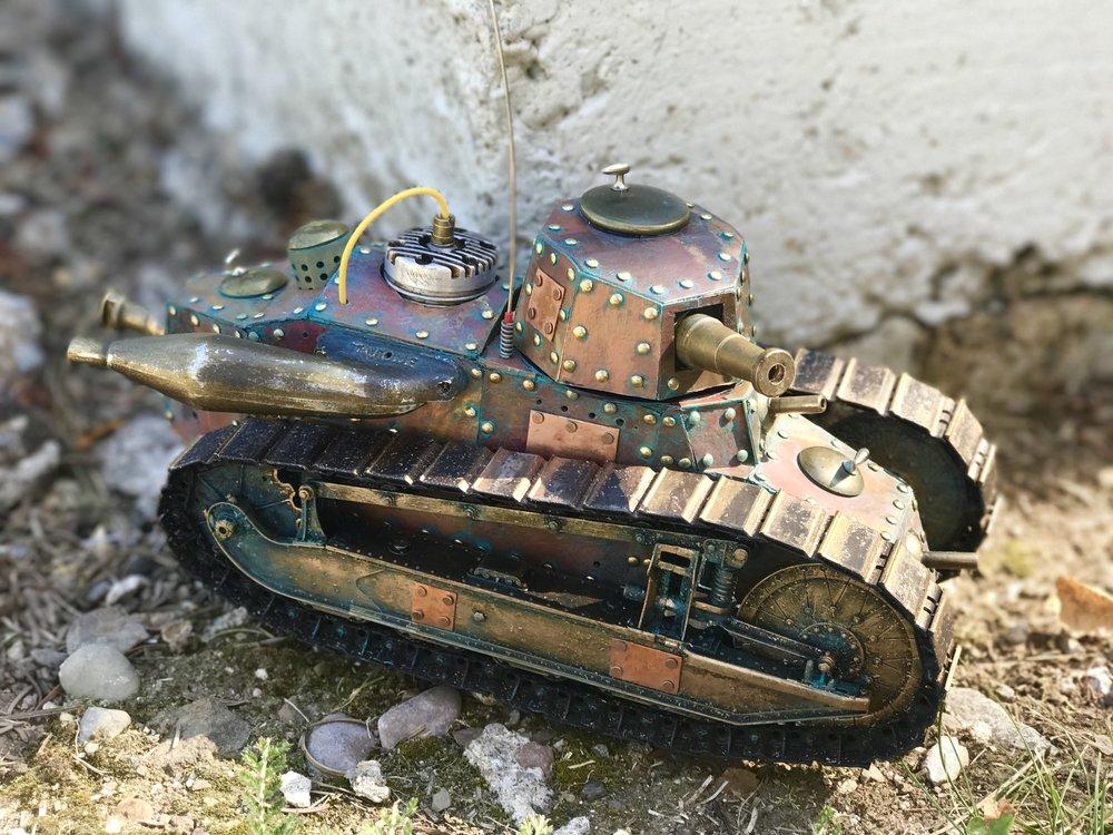 steampunk-tank-renault-ft-1.jpg