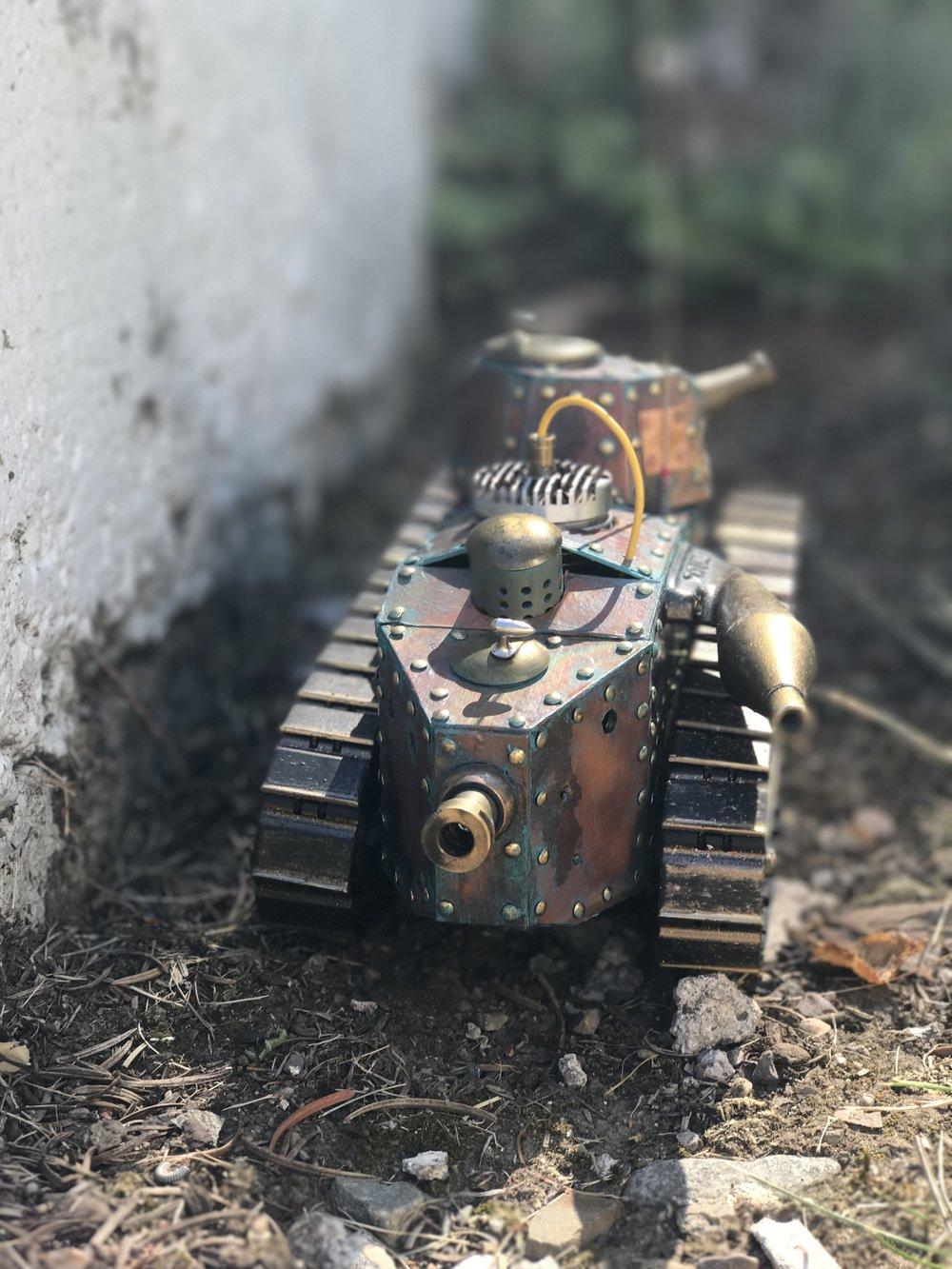 steampunk-tank-renault-ft-12.jpg