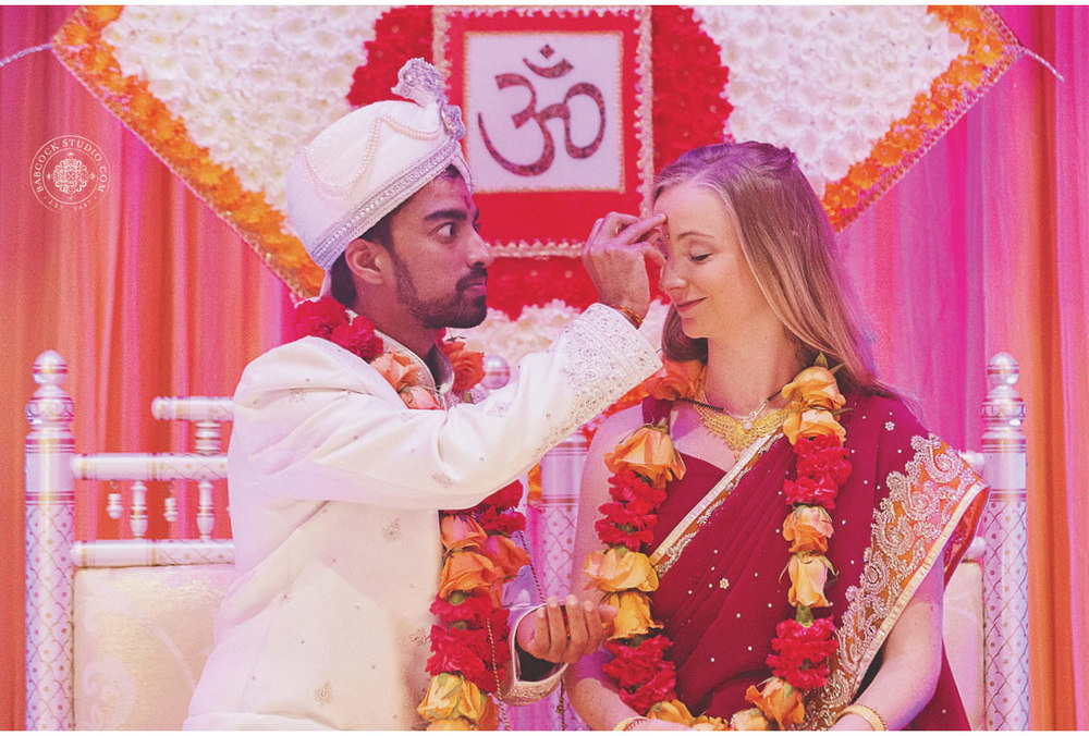 liz-nupur-indian-hindu-dayton-wedding-photography-17.jpg