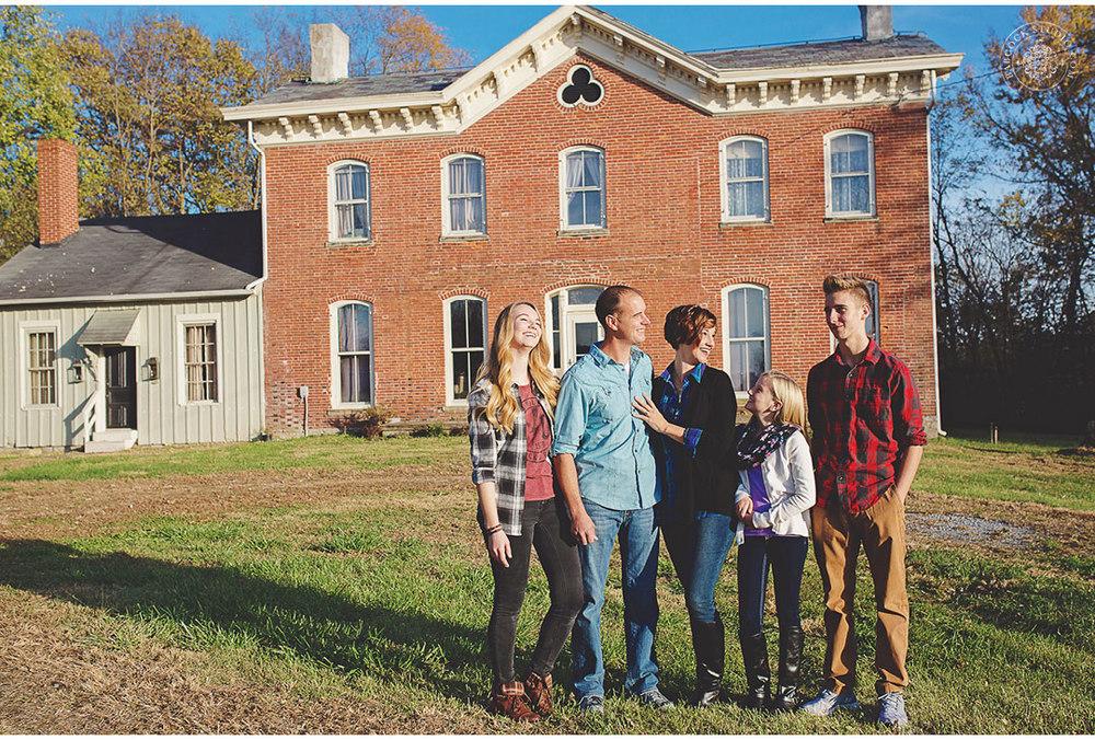 ferrall-dayton-family-horse-photography-2.jpg