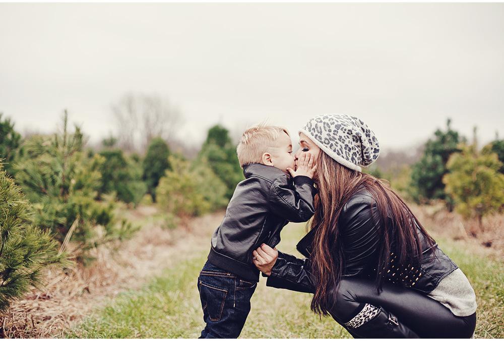 david-christmas-yellow-springs-children-photographer-dayton-ohio-34.jpg