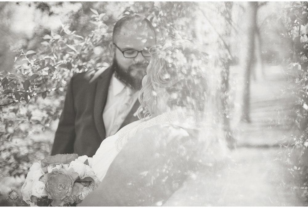 erica-nick-wedding-photographer-dayton-ohio-20.jpg