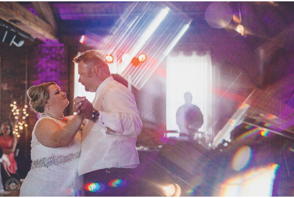 megan-nate-wedding-photographer-dayton-ohio-18.jpg