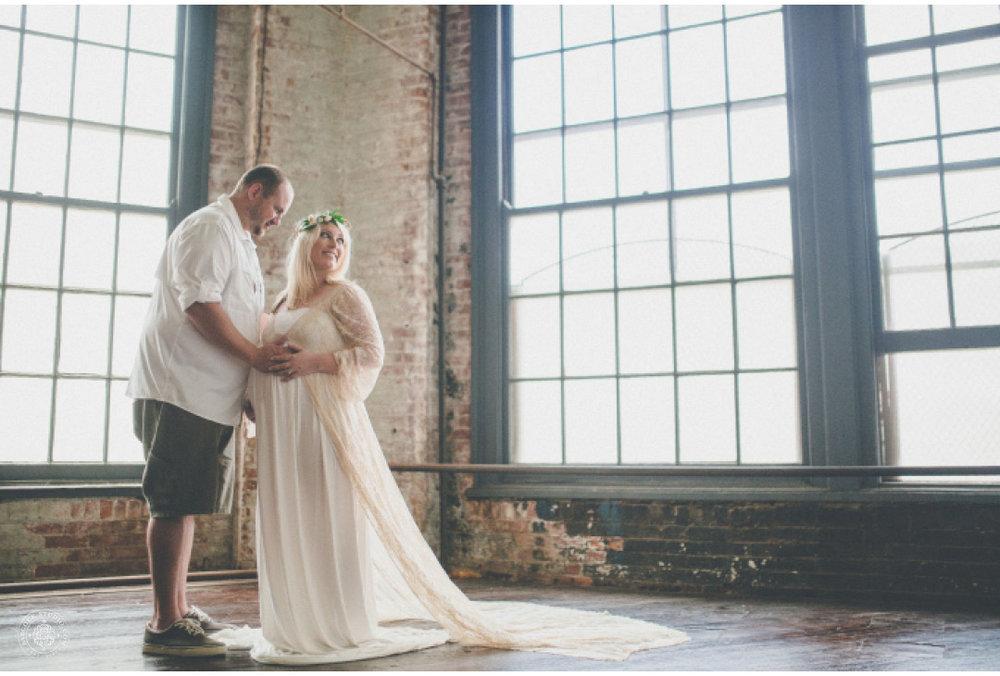 jeni-pregnancy-photographer-dayton-ohio-.jpg