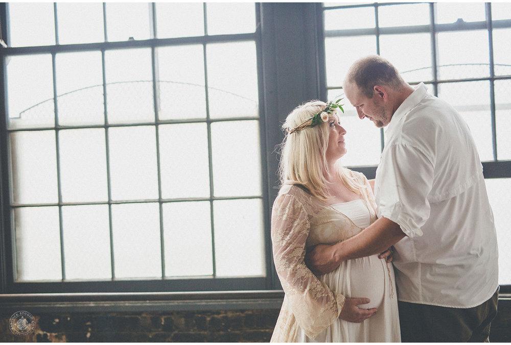 jeni-pregnancy-photographer-dayton-ohio-3.jpg