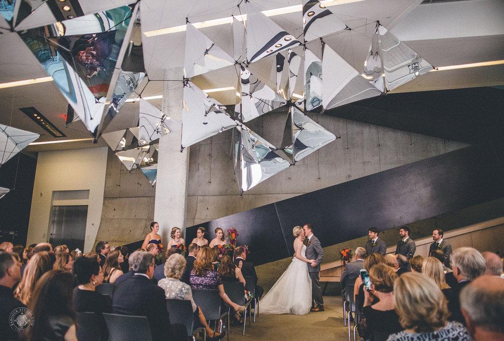 erin-michael-wedding-photographer-dayton-ohio-31.jpg