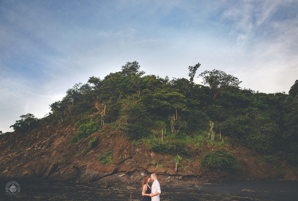 cat-brandon-costa-rica-destination-wedding-photographer-dayton-ohio-.jpg