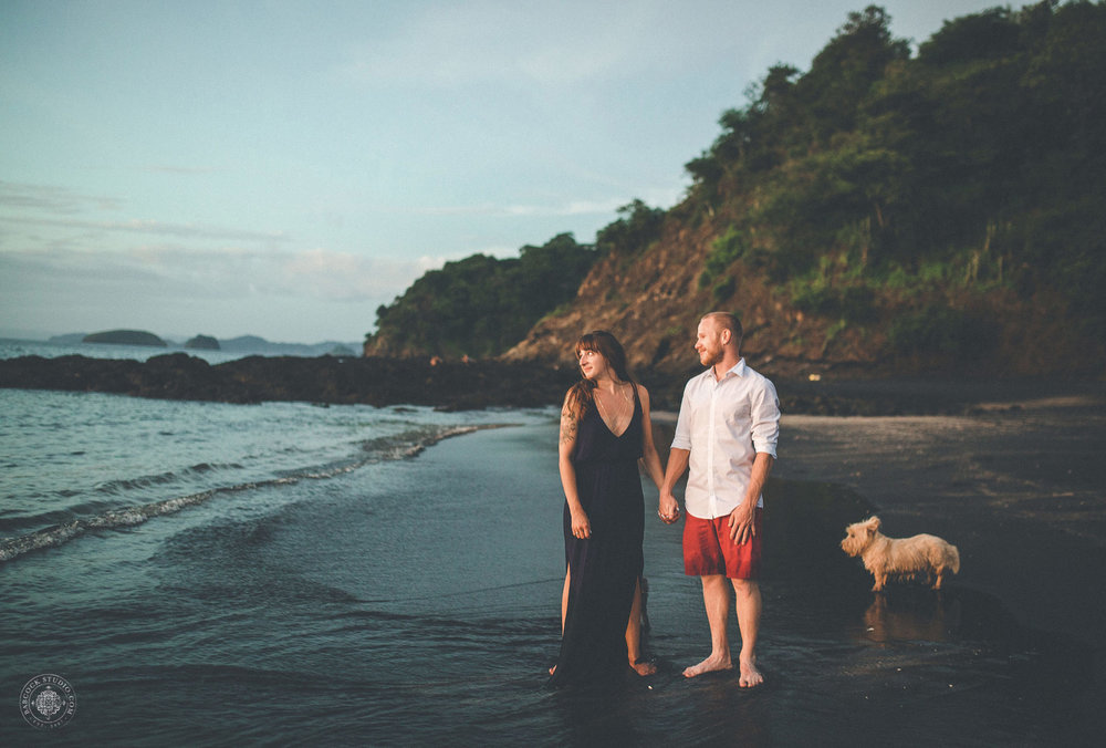 cat-brandon-costa-rica-destination-wedding-photographer-dayton-ohio-14.jpg