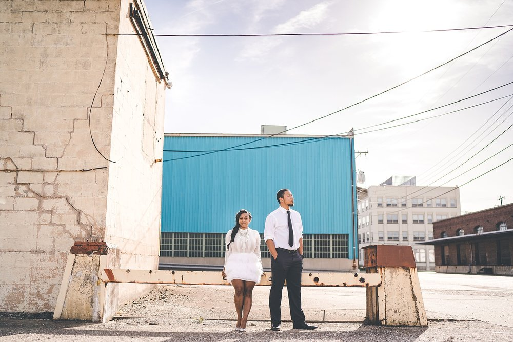 004-dayton-photographer-engagement-urban.jpg