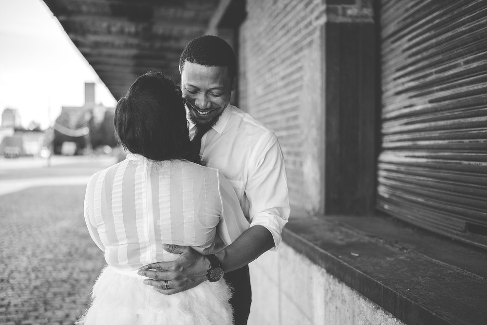 009-dayton-photographer-engagement-urban.jpg