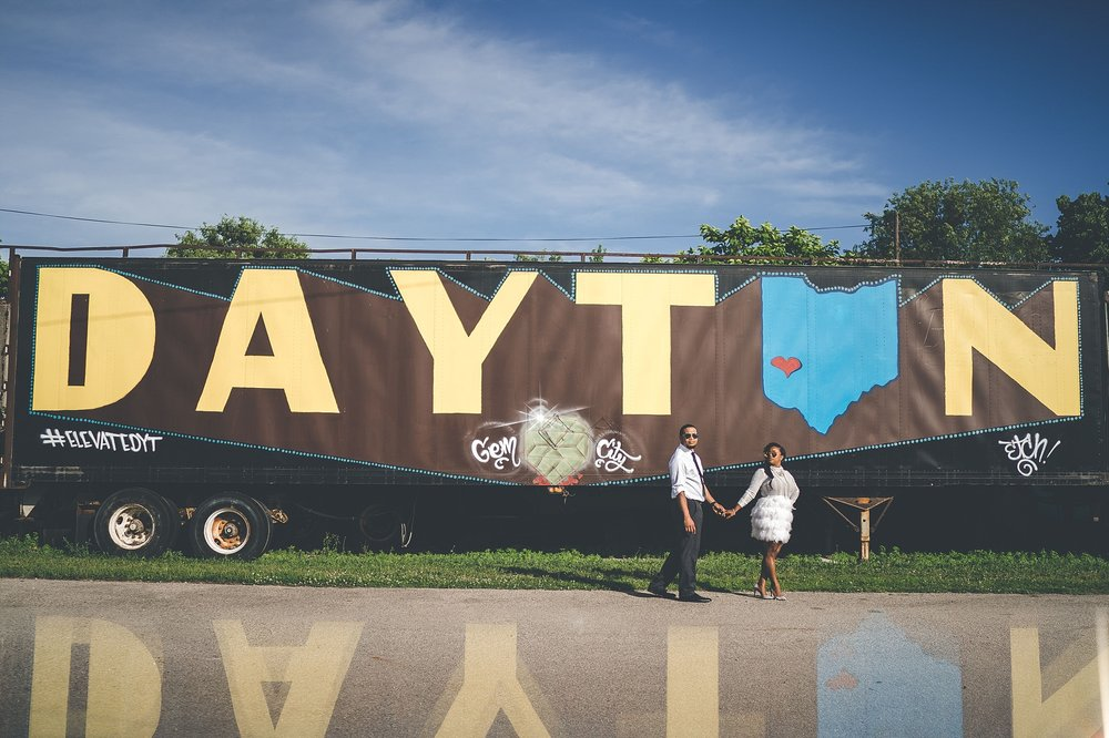 010-dayton-photographer-engagement-urban.jpg
