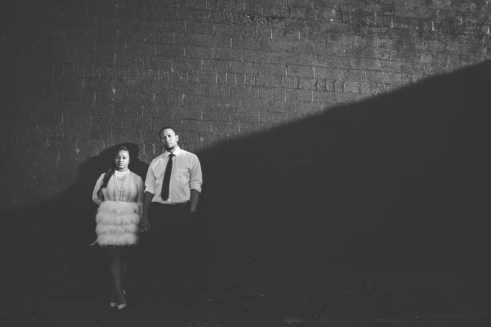 015-dayton-photographer-engagement-urban.jpg