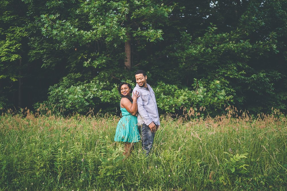 021-dayton-photographer-engagement-urban.jpg