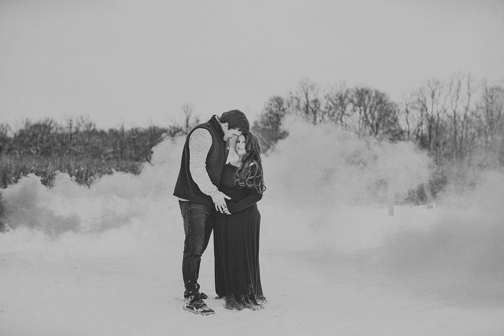 maternity-pregnancy-dayton-wedding-photographer-ohio_0010.jpg