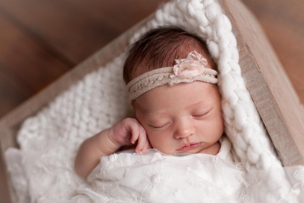 Sarah Cropper Photography | Grove City Ohio Newborn Photography | Columbus Ohio Newborn Photography
