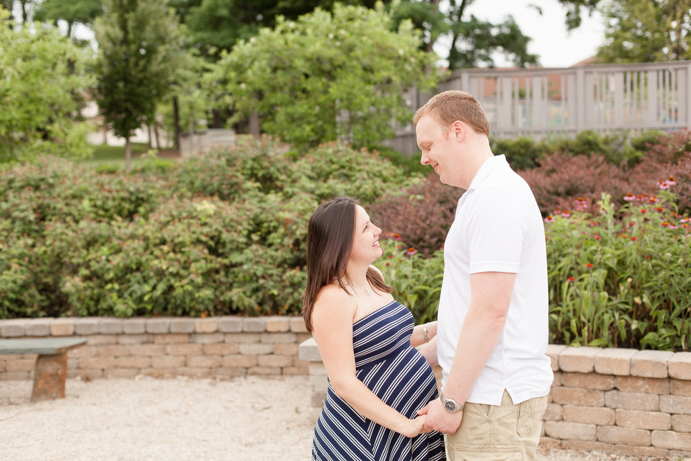 Click their maternity photo to see their blog post!