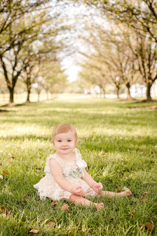 baby-milestone-photographer-in-columbus-ohio.jpg