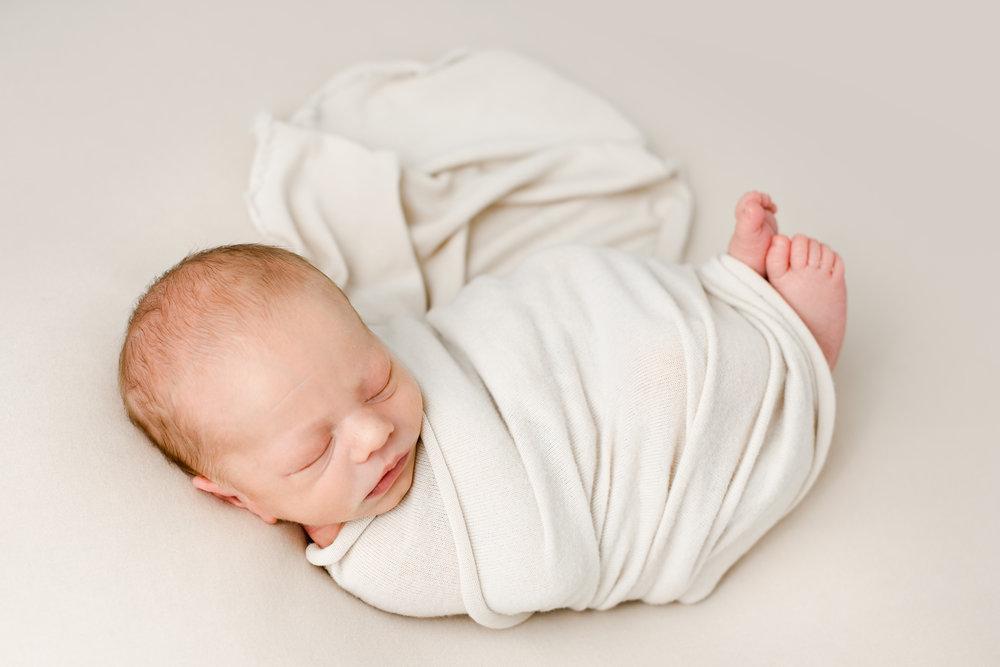 grove city-ohio-newborn-photographer-40.jpg
