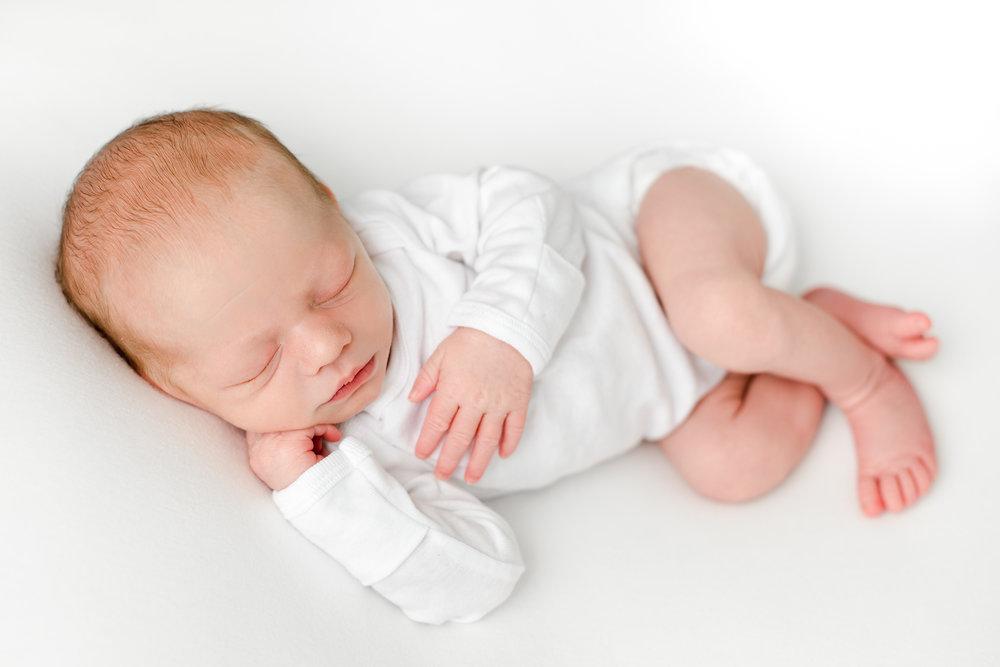 theodore-columbus-newborn-photographer-29.jpg