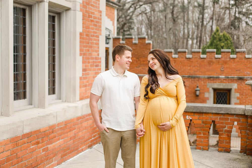 Dublin Ohio Maternity Photographer