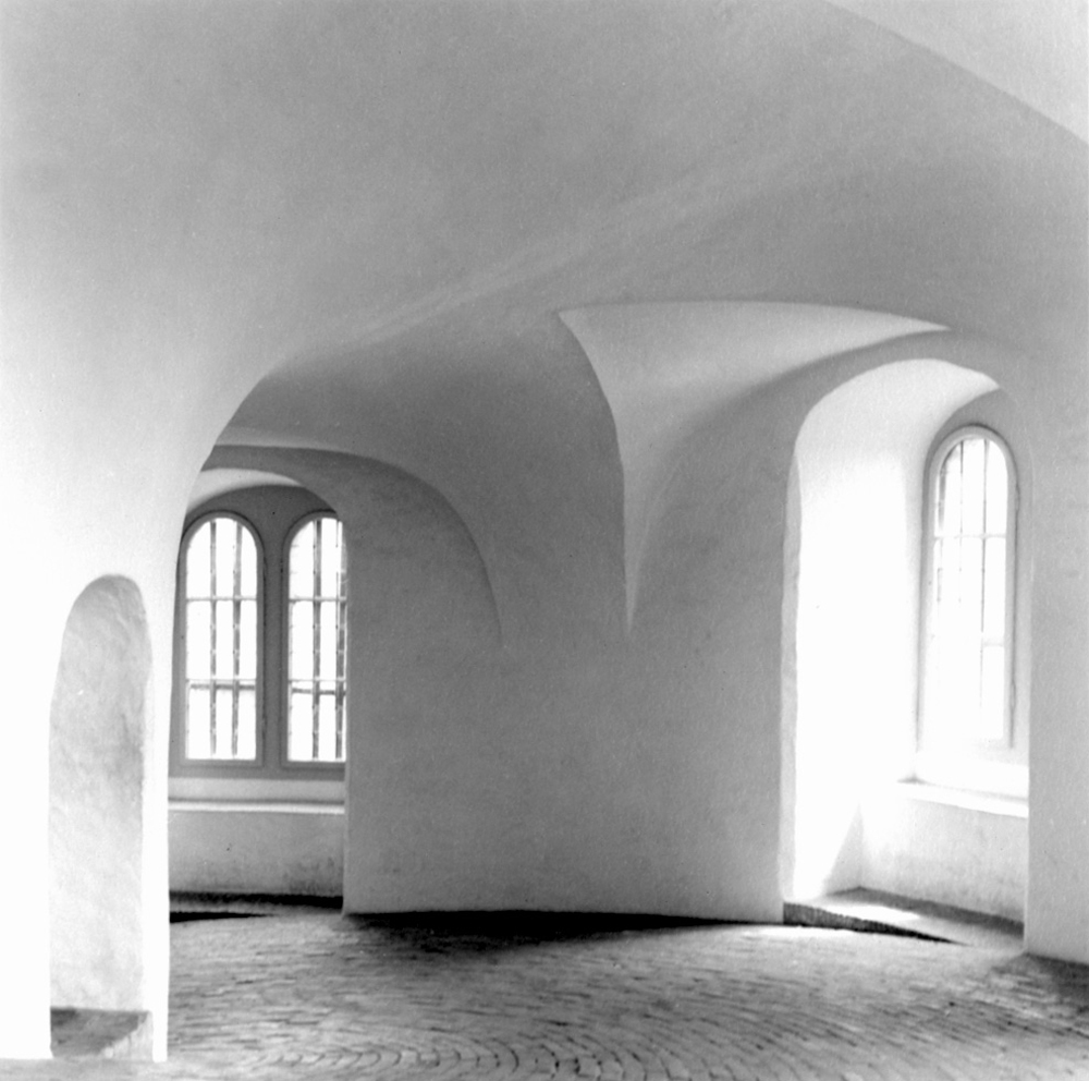 17Karen_Round Hall, Copenhagen_website.jpg