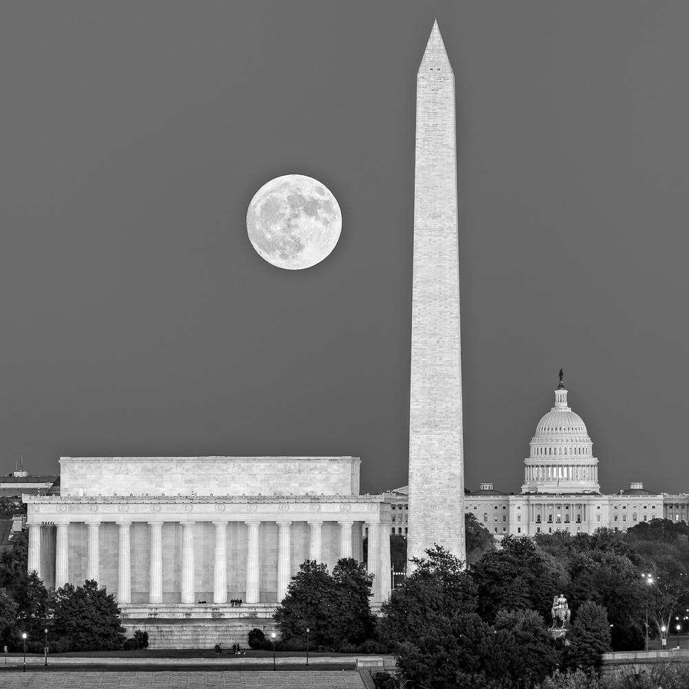 Super Moon I