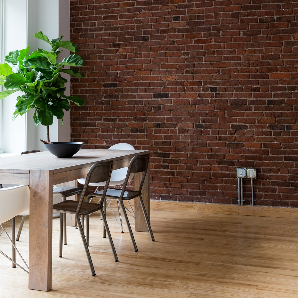 HOT DESK + VIRTUAL OFFICE - Grab at Desk or grab an Address. We have space solutions to fit your needs with where you are right NOW in your business.