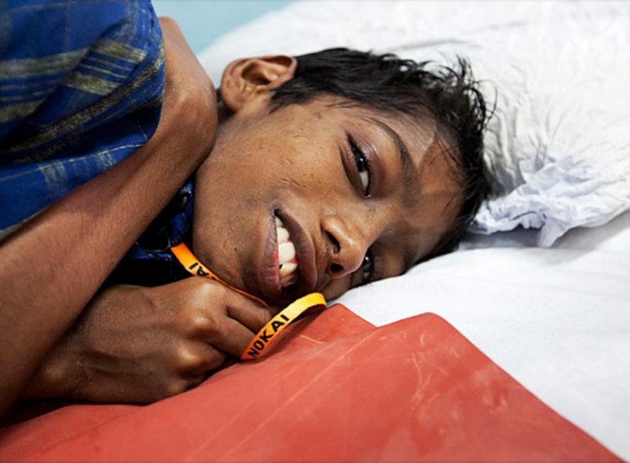 Hyderabad, India: 12 December 2010— Paediatric patient Suresh Kumar at Mehdi Nawaj Jung Institute of Oncology and Regional Cancer Hospital (MNJ) in Hyderabad, India.