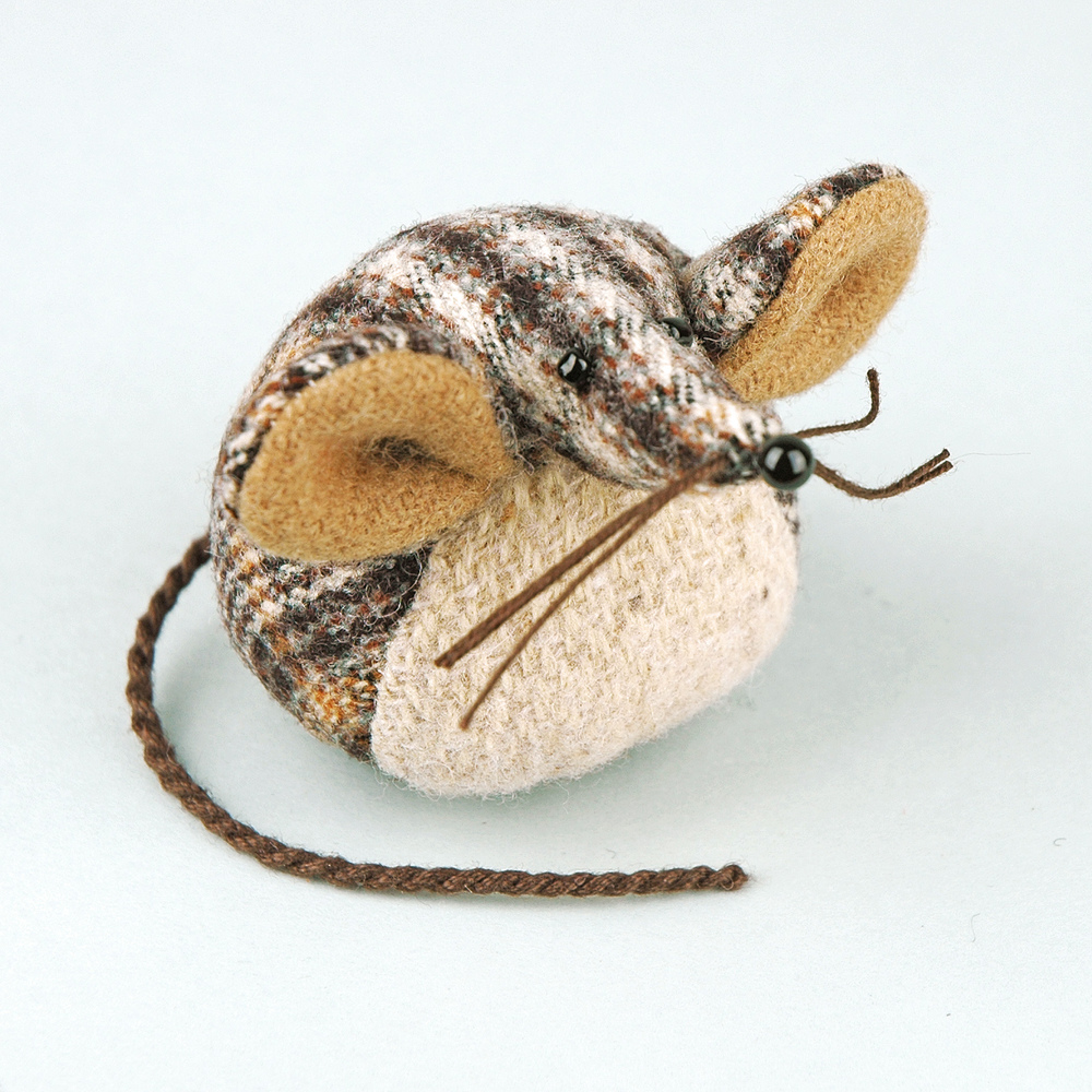 Handmade tweed tartan paperweight mouse.