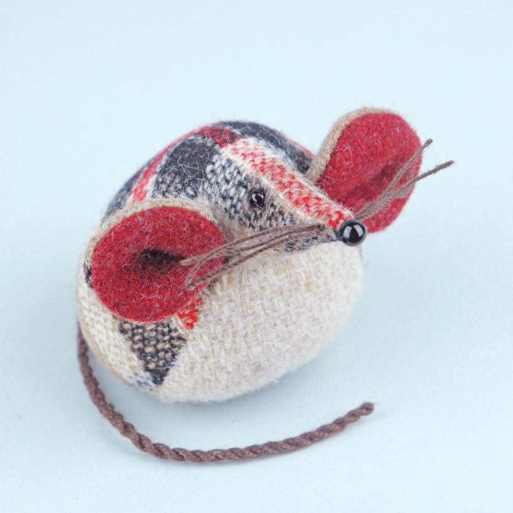 Handmade tweed tartan mouse paperweight.