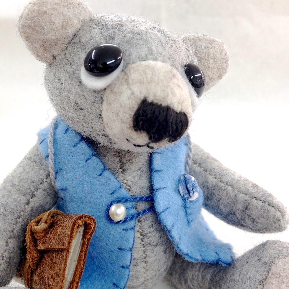 OOAK Artis Felt Teddy Bear Hugo.