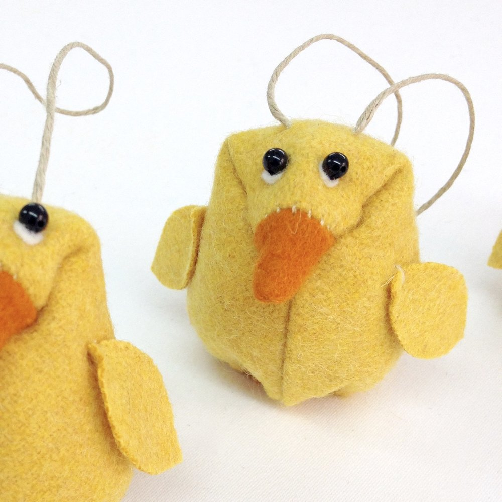 Hanging chicks by Laura Mirjami | Mirjami Design