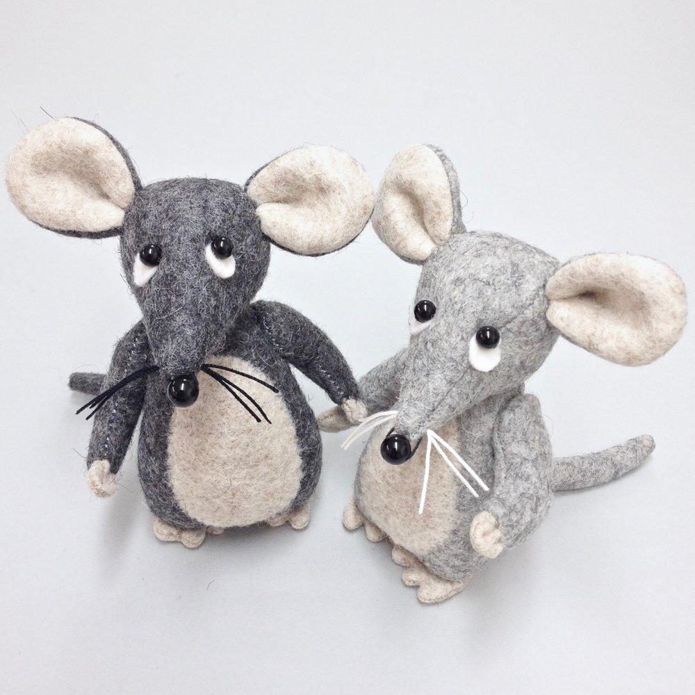 Handmade wool felt mice by Laura Mirjami