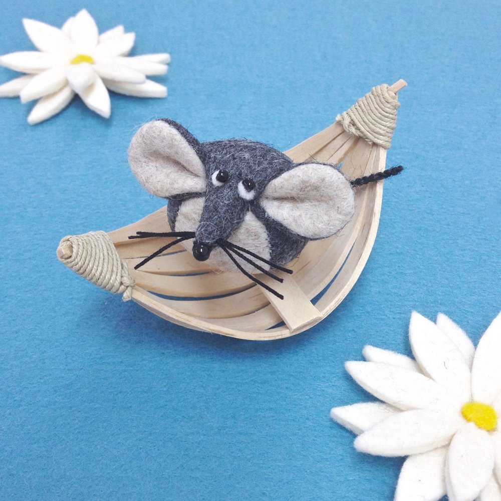 Mika the Mouse wool felt Bilberry Woods character by Laura Mirjami