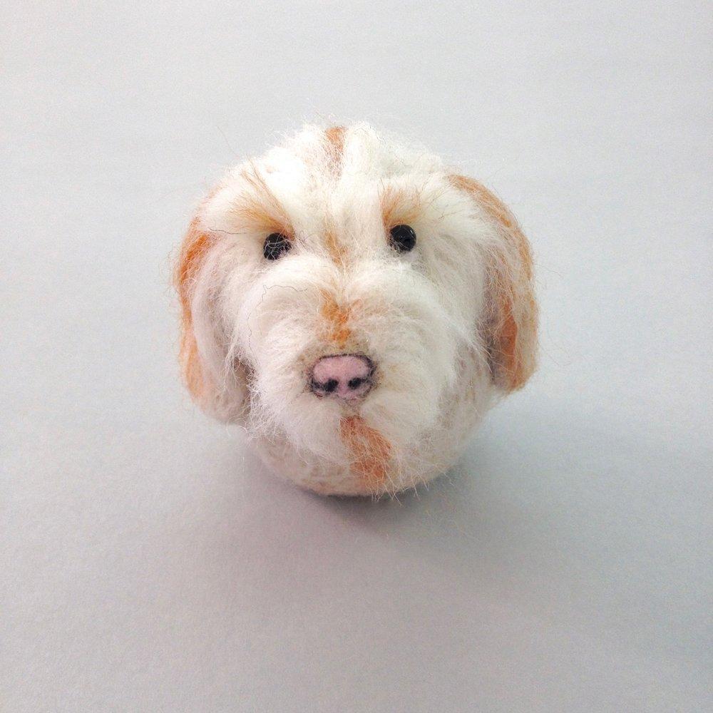 Felt animal commissions by Laura Mirjami