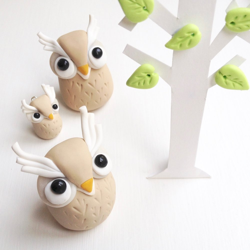 Handmade Fimo polymer clay owl figurines by Laura Mirjami