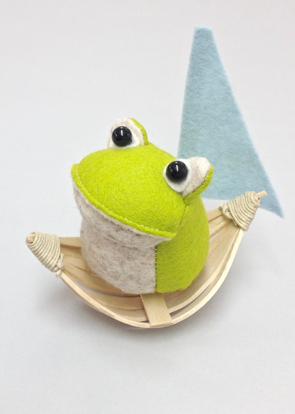 Croaker the Frog wool felt Bilberry Woods character by Laura Mirjami