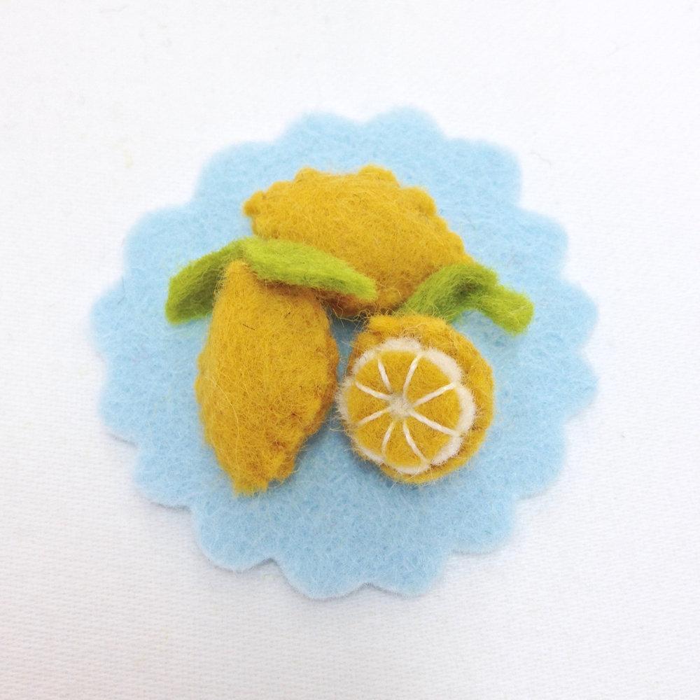 Felt play food miniature lemons handmade by Laura Mirjami