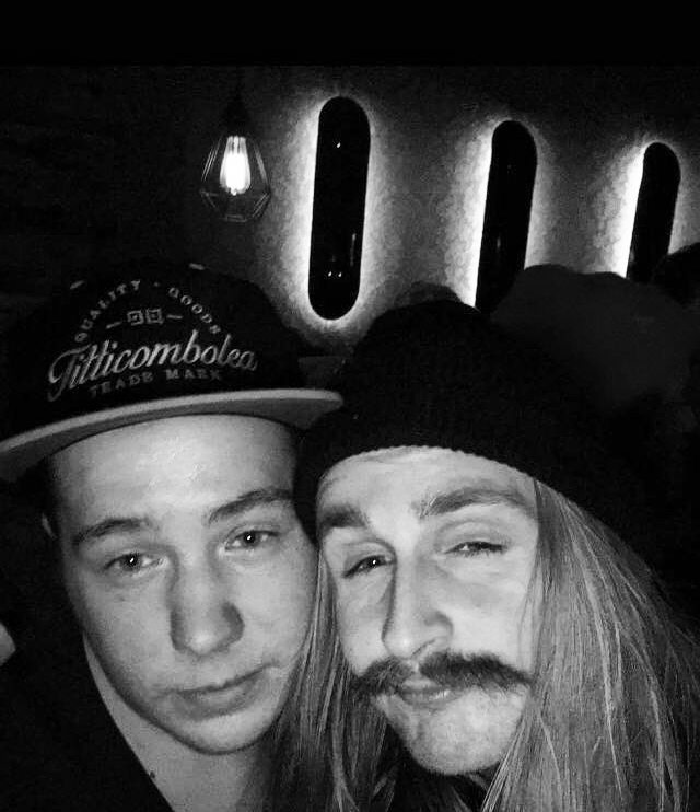 Two legends on one picture 🚀🚀 Captain Harold and Michi the G 💥  Thank you Michi for this awesome Pic with our Titti Cap 💃  #halldorhelgason #captainharold #kirschi #meineaugen #jimmys #ibk #postlertreff #mustache #legend