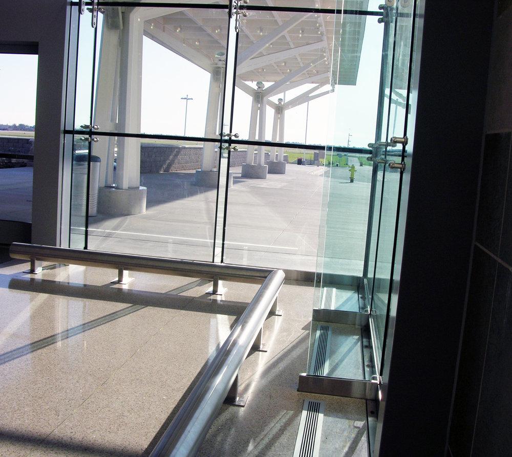 sba_cornerrail.jpg