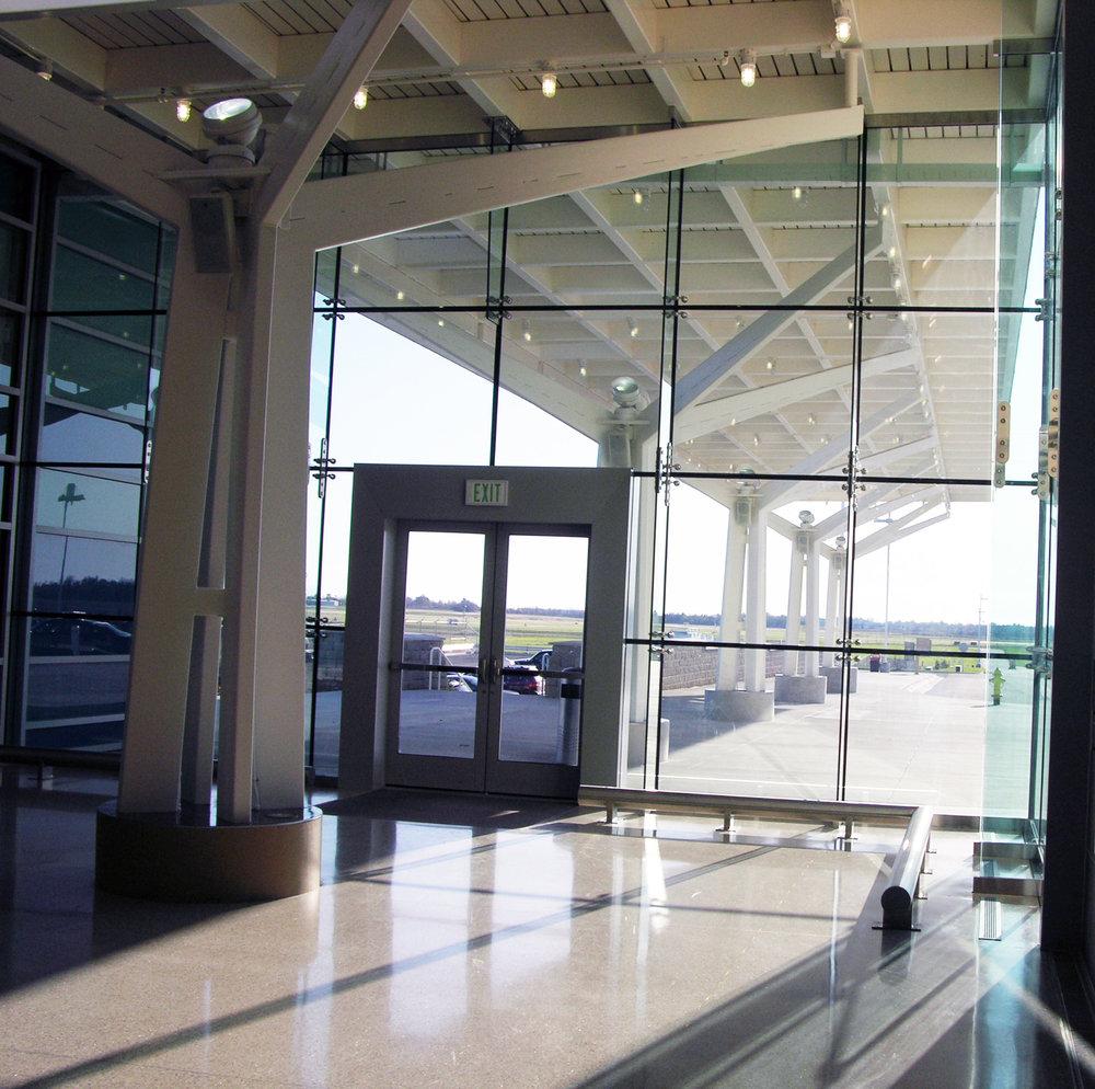 SPRINGFIELD/BRANSON AIRPORT -