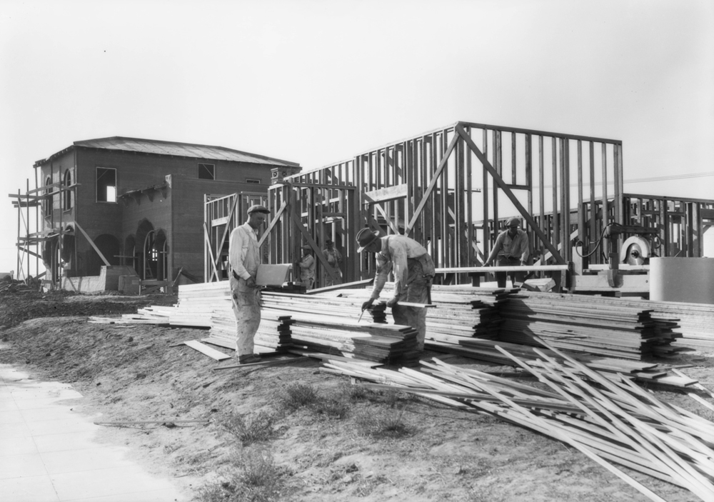 Construction_shots_in_View_Park_Los_Angeles_CA_1928_image_6.jpg