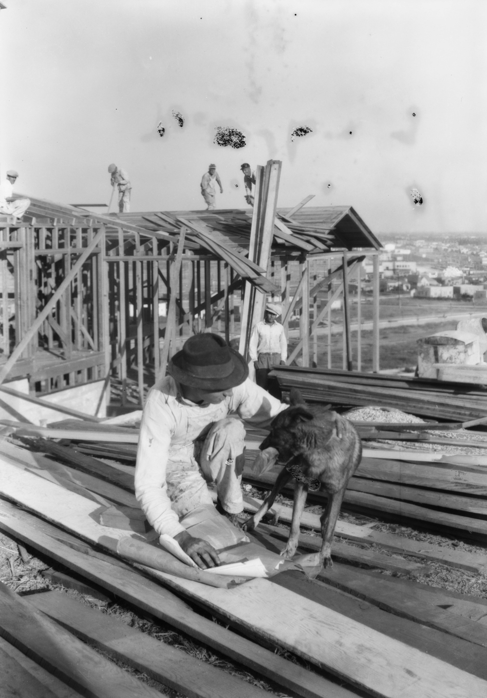 Construction_shots_in_View_Park_Los_Angeles_CA_1928_image_4.jpg