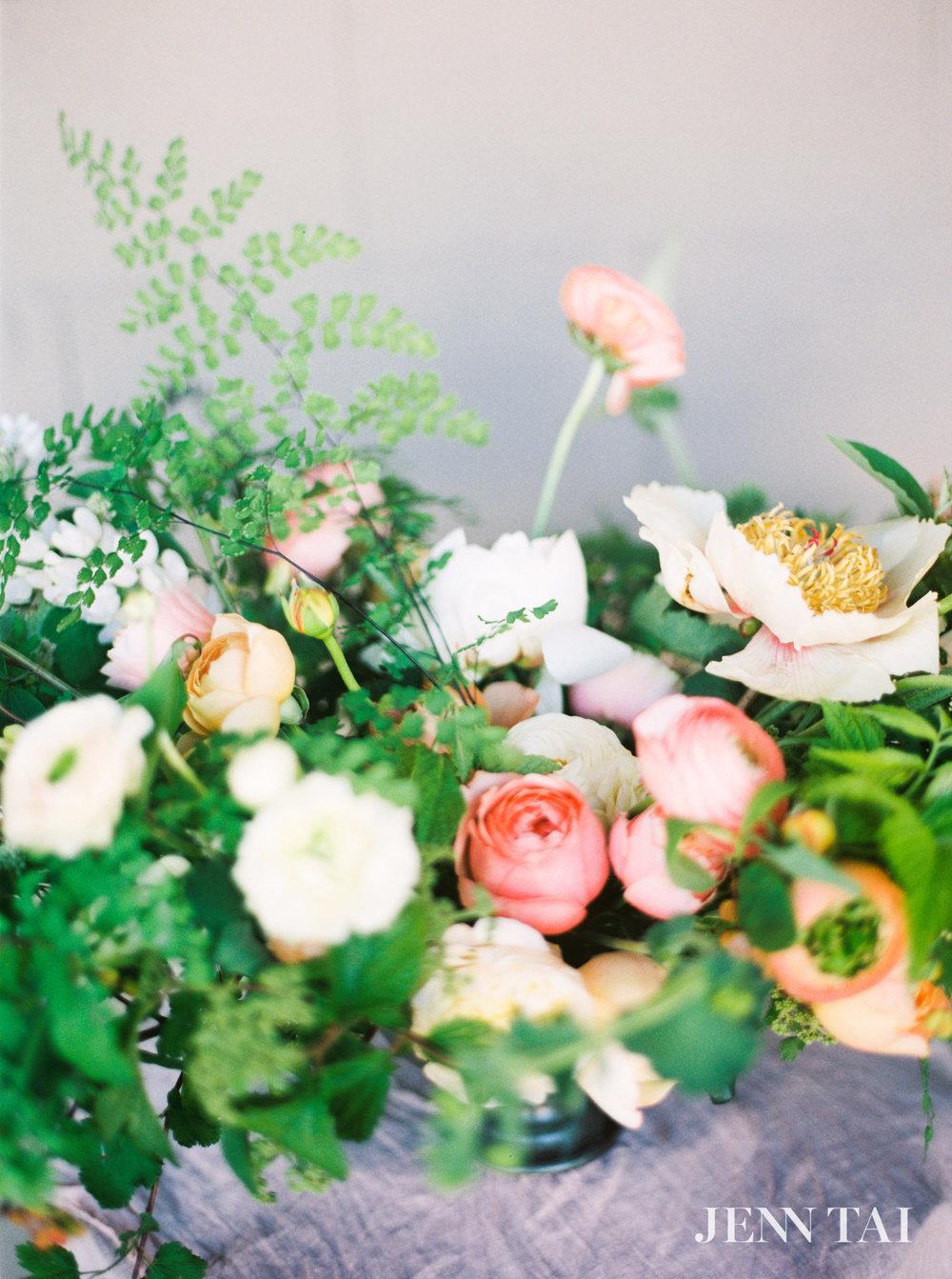 seattle-wedding-photographer-jenn-tai-max-gill-workshop-seattle-maura7669.JPG