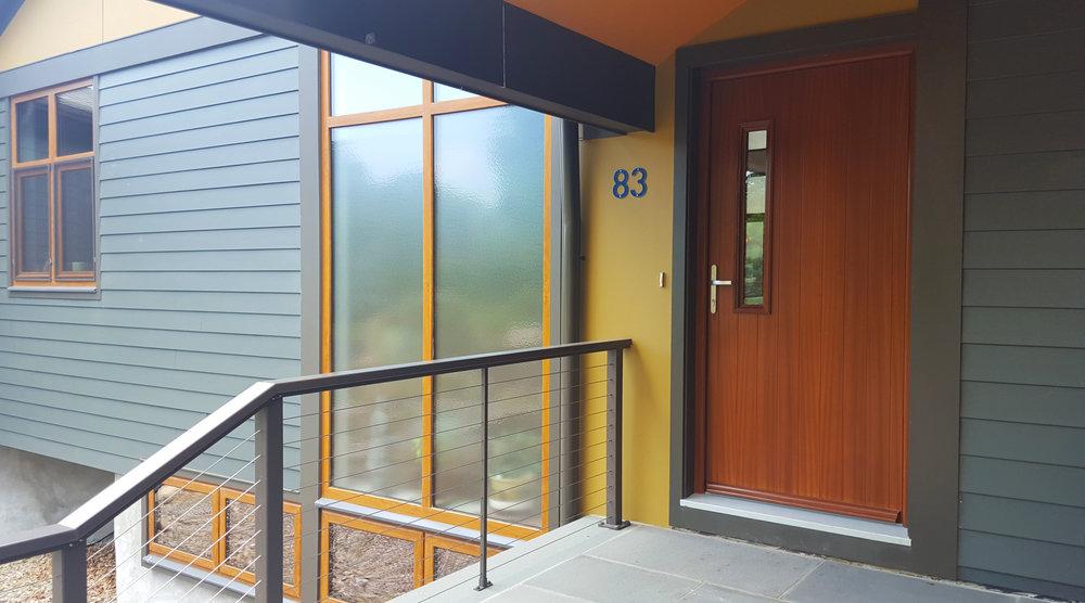 ridgefield-modern-hillside-house-entry.jpg